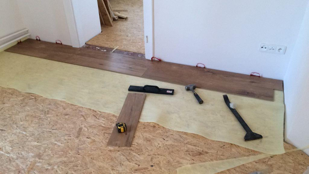 laminátová plovoucí podlaha
